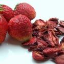 Aszalt eper, Tea, kávé, kakaó, Szárított, aszalt gyümölcs, Az epret vékony szeletekre vágva aszaltuk,mely megőrizte a friss gyümölcs ízét és aromáját..., Ízporta