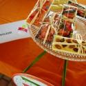 Táblás csokoládék, Kulinária (Ízporta), Édességek, Fehér-, vagy fekete csokoládé ízesítve mandulával, mogyoróval, aszalt gyümölcsökkel, Ízporta