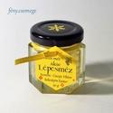 akác lépesméz mini díszüvegben, Méz, méheinkkel Felsőpakony akácosaiba vándoroltunk, hogy ezt a világos, ízletes akác mézet össz..., Ízporta