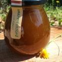 Gyógynövényes méz - Aranyvesszőfű, Kulinária (Ízporta), Édességek, Méz, A technológia lényege, hogy a gyógynövények nyersen kerülnek bele a mézbe, így az alkotó el..., Ízporta
